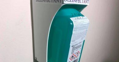 dezinfectant in scara de bloc