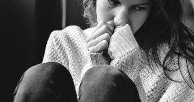 fata depresiva